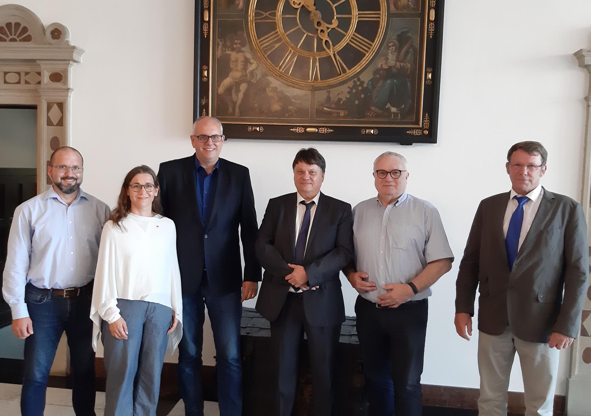Gruppenfoto DGB und Bürgermeister Bovenschulte